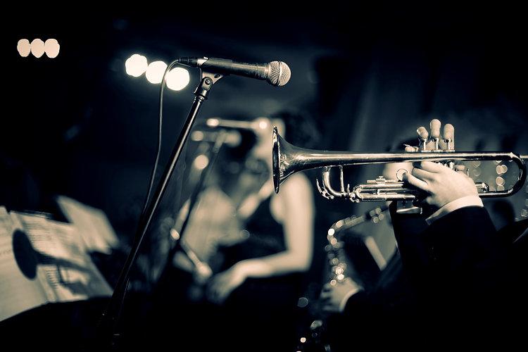 Jazz night club_edited.jpg