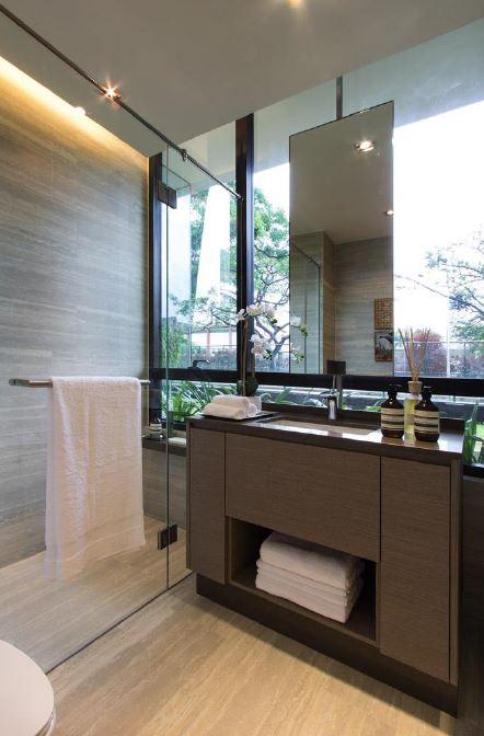 Bathroom The Crest _ Prince Charles Facade B 82230028