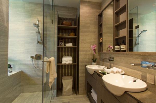 Bathroom B The Crest _ Prince Charles Facade 82230028