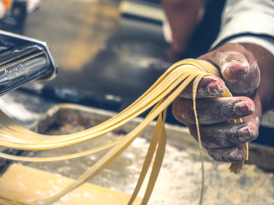 The Ultimate Buying Guide to Home-Made Pasta 2020