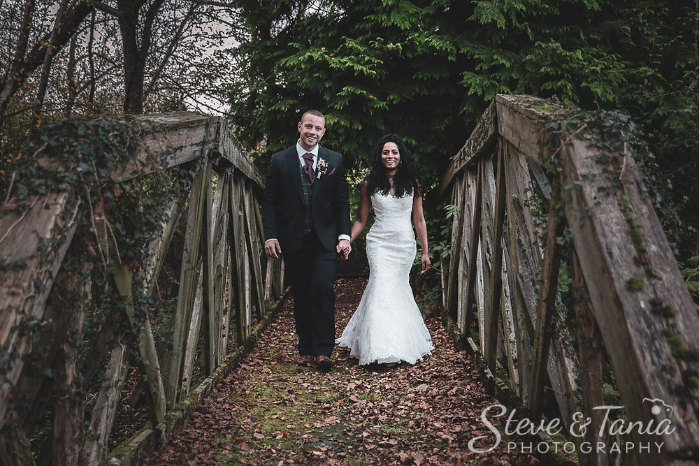 Wedding Photographers, Brookfield Barn Wedding Photographers, Horsham wedding photographers