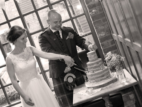 Wedding Cakes - To Ice or Not to Ice?
