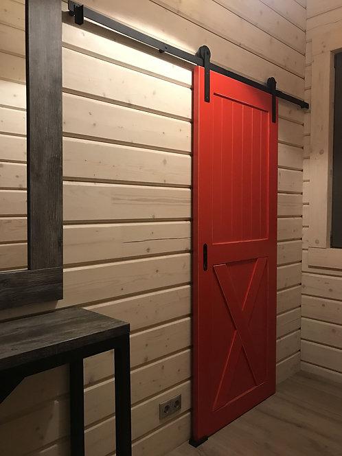 Амбарная дверь на амбарном механизме.