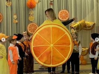 Красочный спектакль в исполнении детей и родителей4 группы