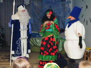 Сказочная встреча с Дедом Морозом детей 8 группы