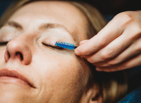 How damaging are lash extensions – Really?