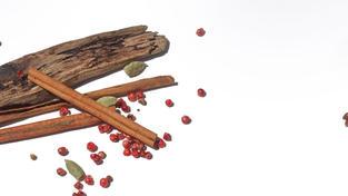 CARDAMOM TEA + GRAPEFRUIT