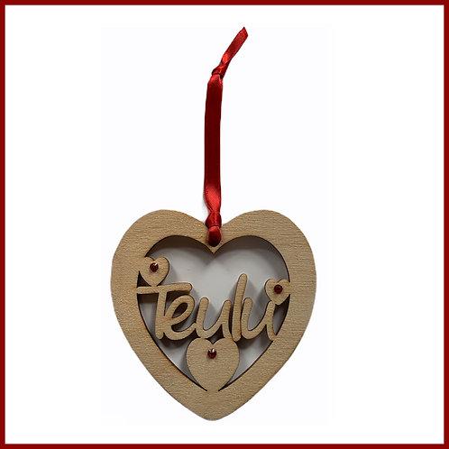 Welsh Fretwork Heart Teulu