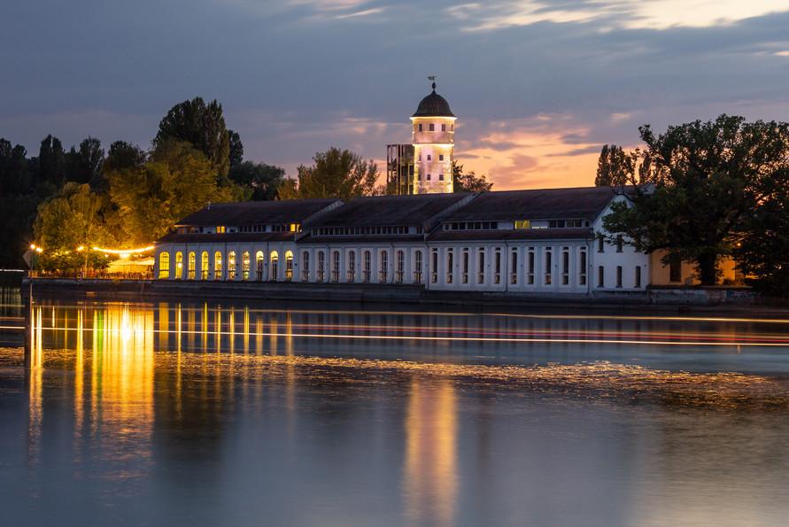 Sommerabend in Konstanz am Rhein mit Blick auf die Bleiche.