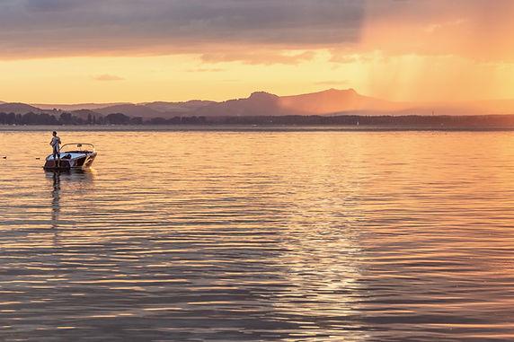 Fotografie Sonnenuntergang an der Sandseele Insel Reichenau im Bodensee. Tolle Sunjets zu jeder Jahreszeit.