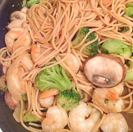 Healthy Shrimp and Vegetable Lo Mein