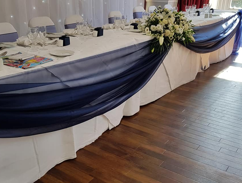 Gorgeous Top Table Swagging