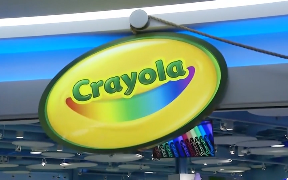 Parents and Kids can enjoy the Crayola Experience in the Shops at Willow Bend