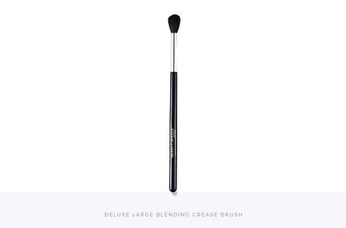 Deluxe Large Blending Crease Brush