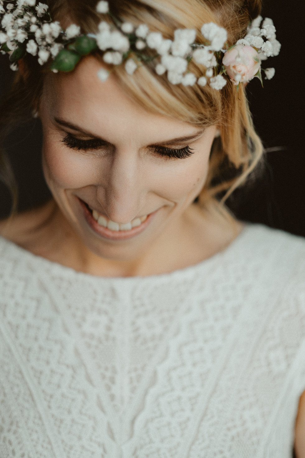 Photo: theforestbirds.com Hair&Make-up: isaBELLE