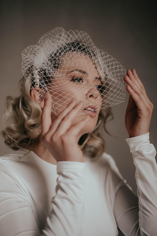 Foto: www.kuenzli-photography.com Headpiece: www.la-chia.de (onlineshop) Styling: isaBELLE