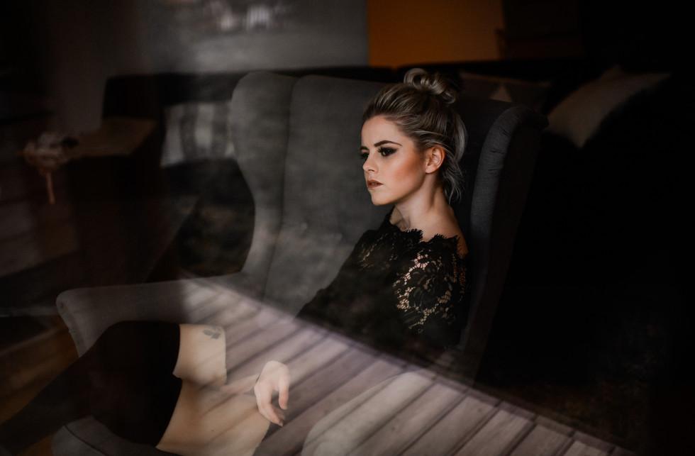 Foto: www.cramarts.ch Model: Tatjana Wyssen H & M : isaBELLE