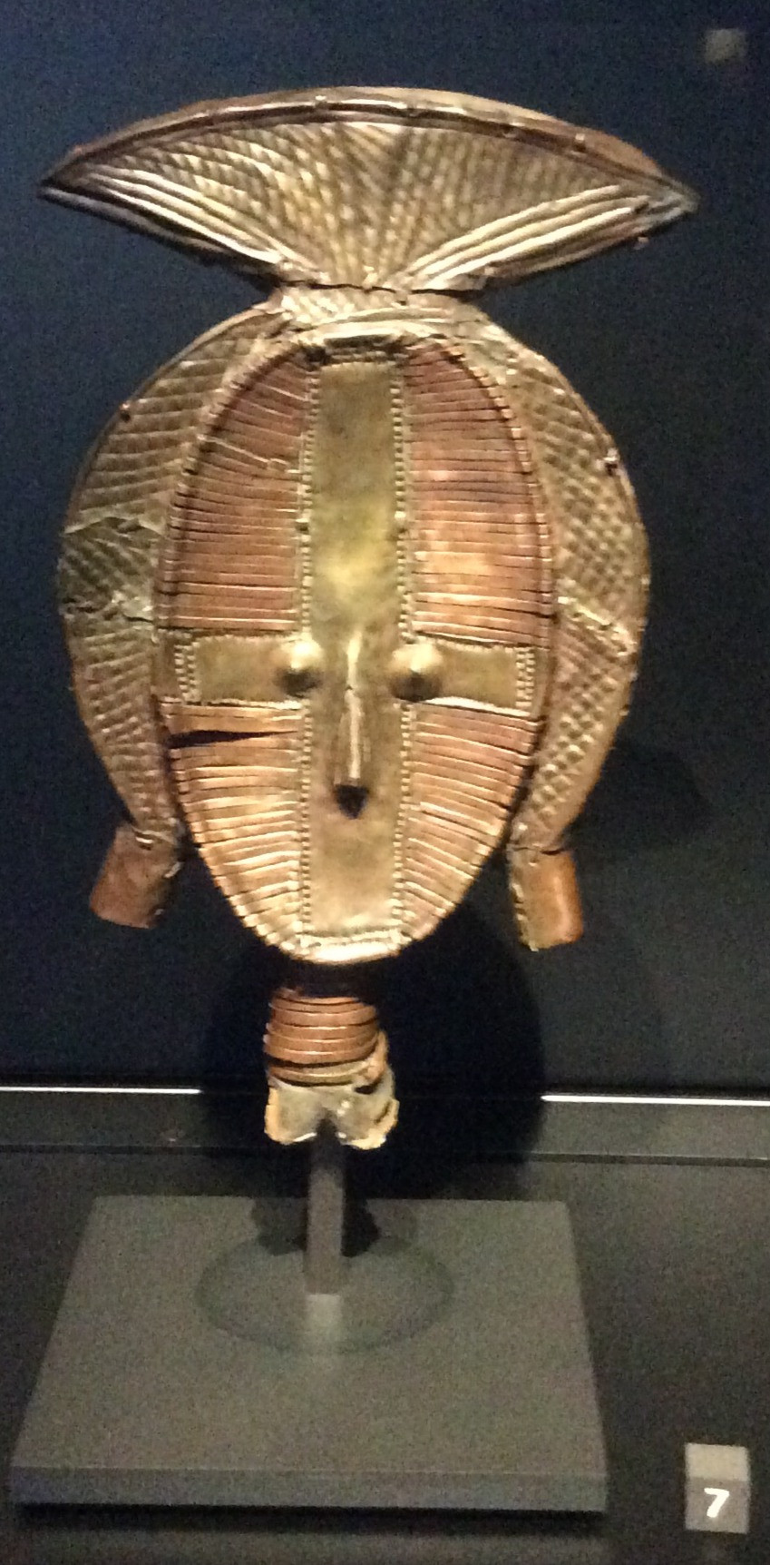 Reliquary keeper figure at the Quai Branly Museum