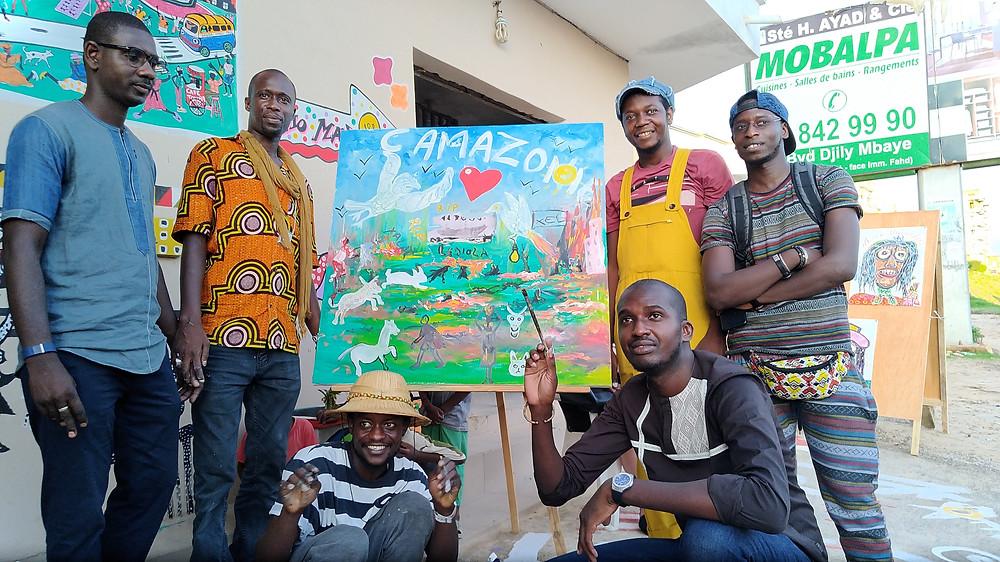 """Le résultat en peinture et collage du tableau exécuté en direct par le collectif """"Les Fous de Dakar"""""""