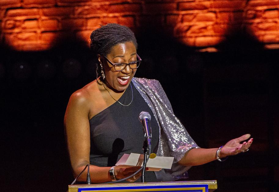 ENAs 2019 - Presenter - Summer L. Williams - Photo by Bob Bond - COPYRIGHTED