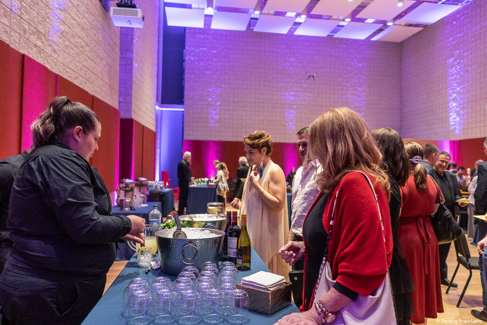 ENAs 2019 - After Party - Grabbing a Bite - Photo by Bryan Lasky (002) - COPYRIGHTED