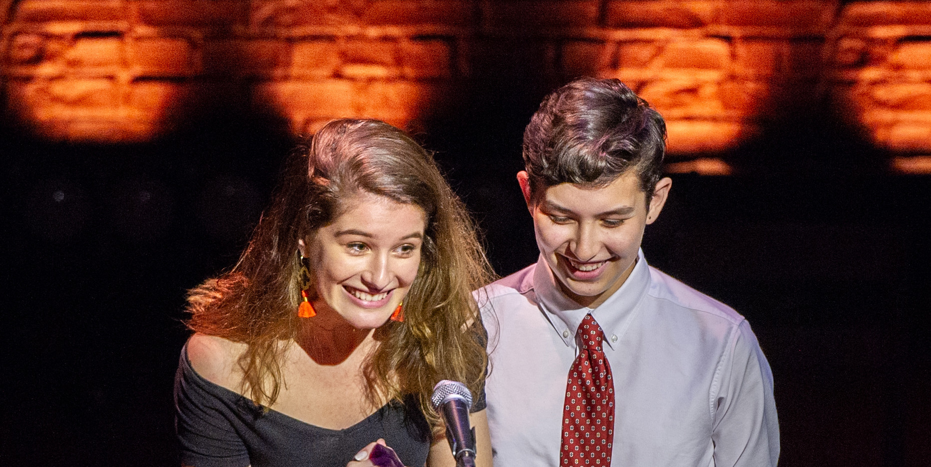 ENAs 2019 - AWARDEE - METG Emma Weller & Max Hunter - Photo by Bob Bond - COPYRIGHTED