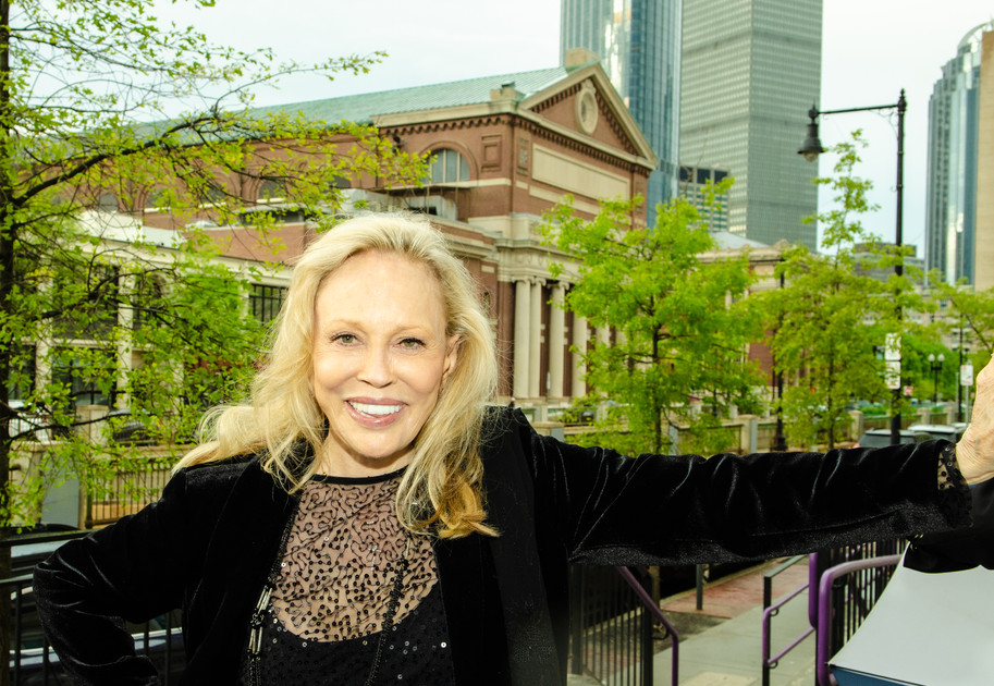ENAs 2019 - Guest of Honor - FAYE DUNAWAY (solo) - COPYRIGHTED