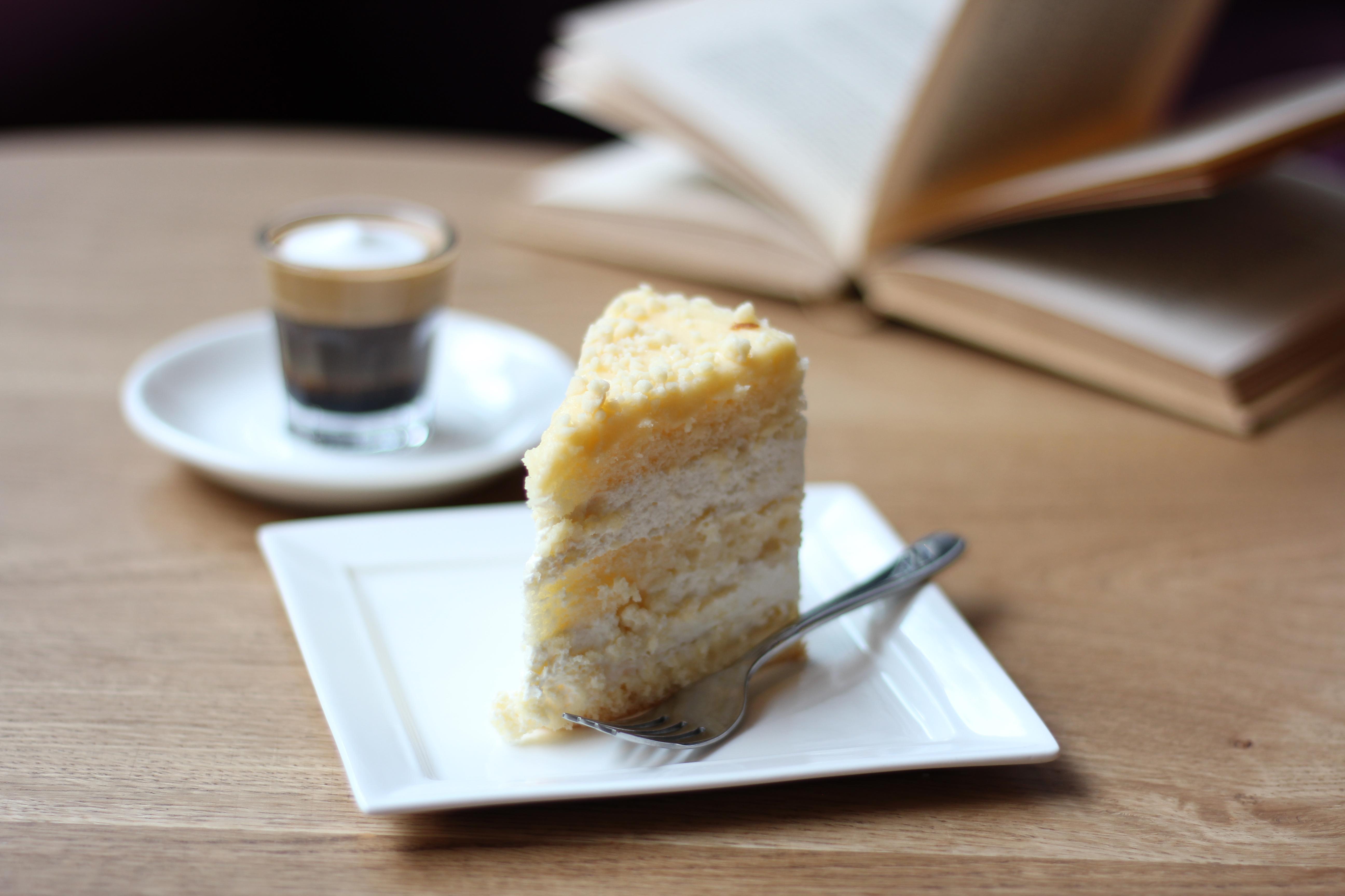 scrumptious cake