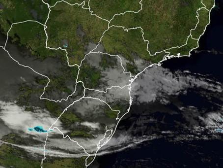 Ciclone que se aproxima do Paraná não deve chegar à Londrina e região
