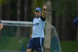 Paraná libera volta dos treinos de futebol