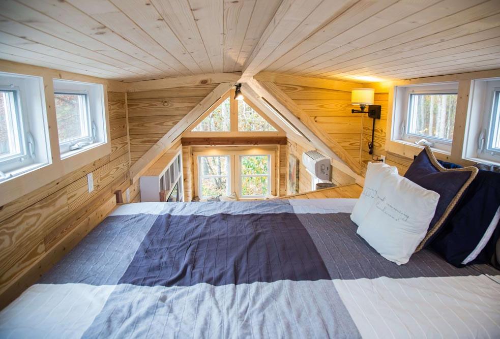 tiny h bed.jpg