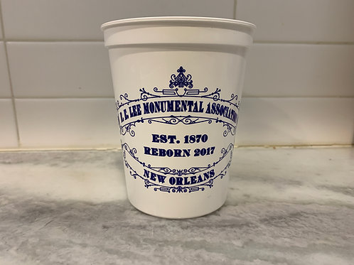 A dozen (12) R. E. Lee Monumental Association Plastic Cups