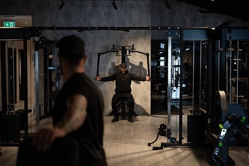 jr-gym-strength-4-900x600.png