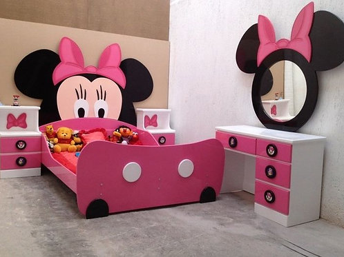 Mini Mouse bed
