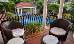 Balcony pool 583KB