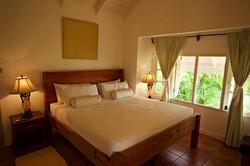 King Bed room upper