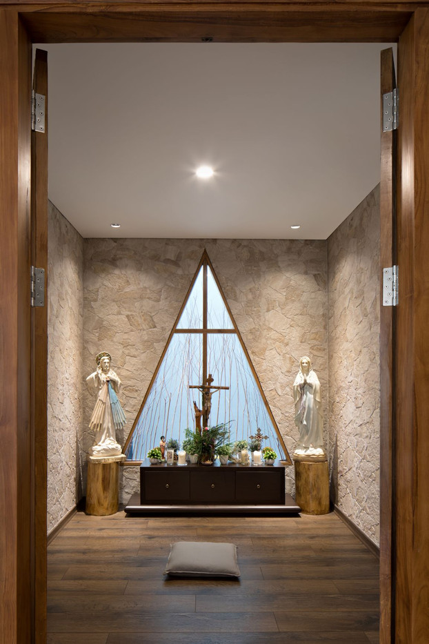 Praying Room.jpg