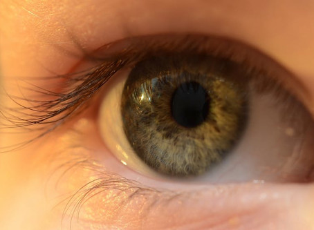 How Safe Are Contacts?