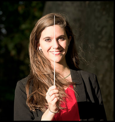 Chloé Dufresne conductor
