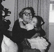 Great Grandma n sis.jpg