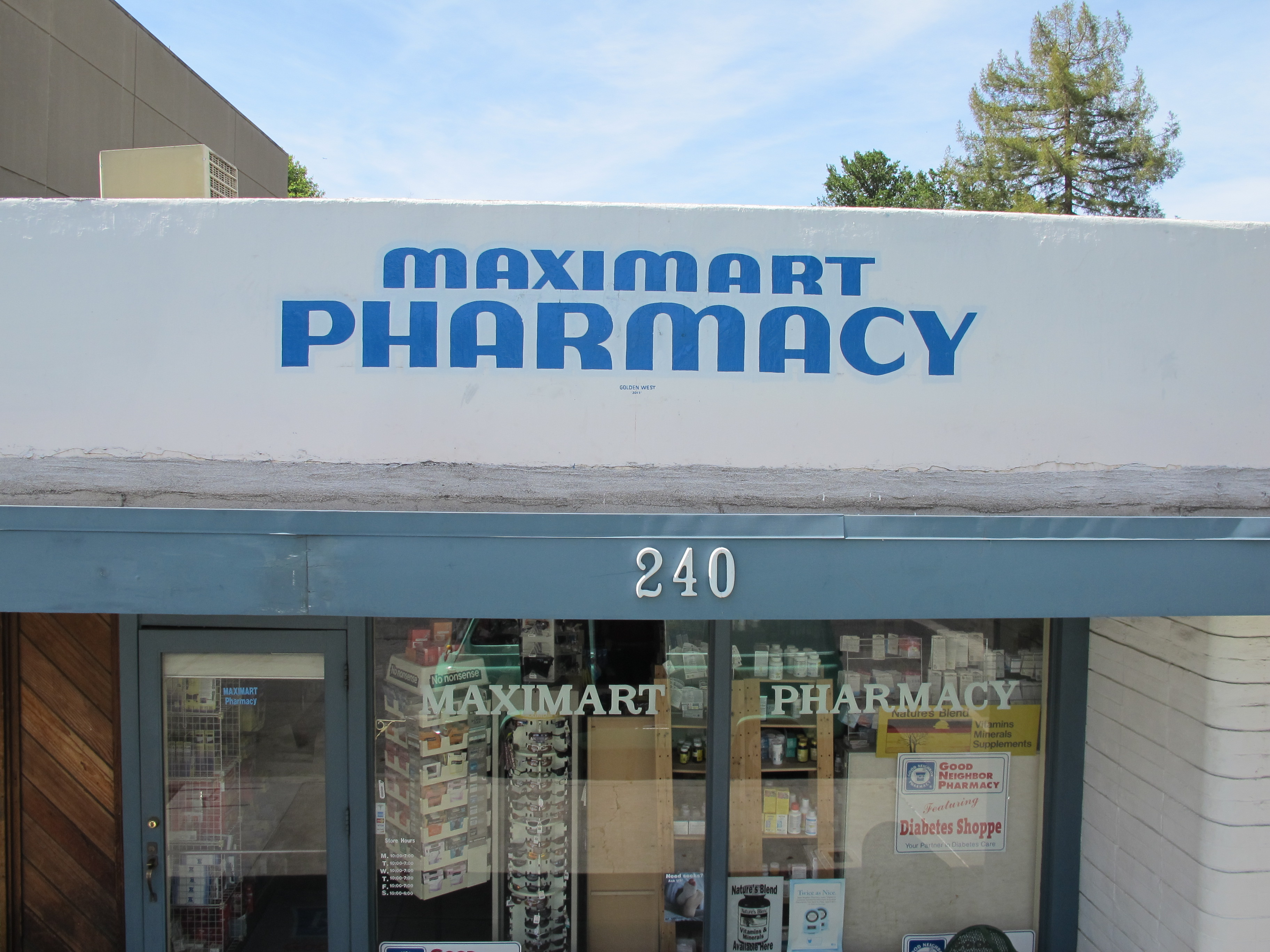 Maximart Pharmacy