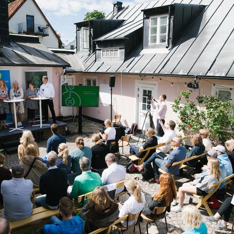 Panelsamtal utan tak, Almedalsveckan 2019. Foto Linnea Ronström