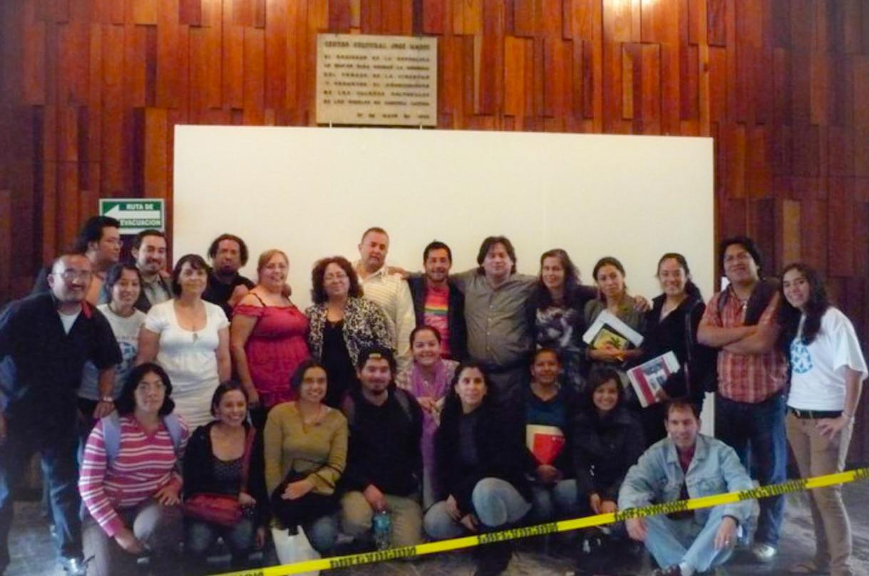 WHCI Latinoamerica Photo Caution_edited.