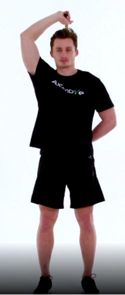 mobilité de l'épaule en rotation interne avec un baton