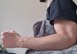 Renforcement isométrique de l'épaule kinésithérapeute ostéopathe