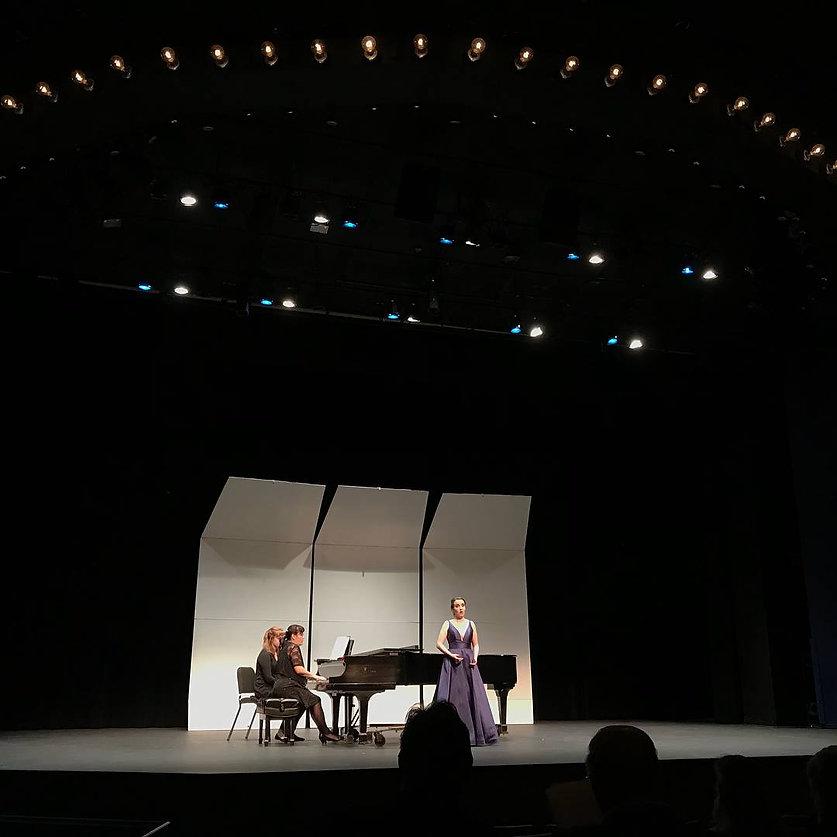 natalie-granger-american-soprano.jpg