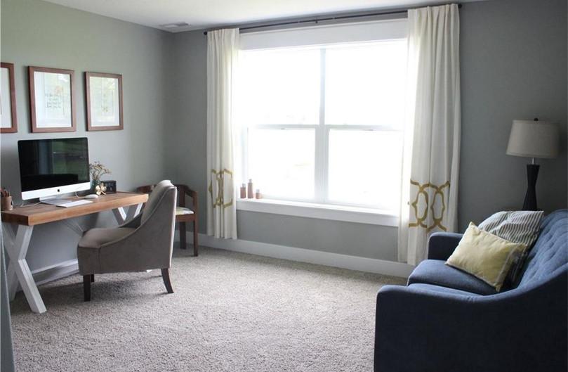 Bedrooms 3 / Office