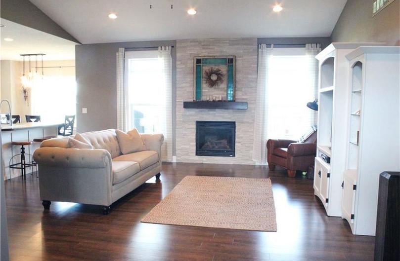 Livingroom / Fireplace