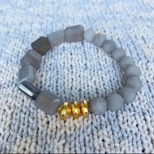 Mixed Gray Agate Bracelet