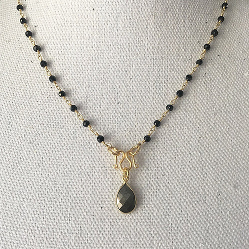 Signature Necklace in Black Spinel & Pyrite